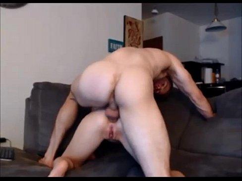 Deep anal amateur