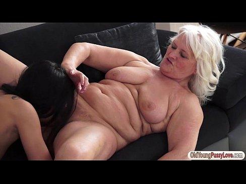 Ebony Gets Nut Her Pussy
