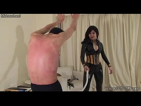 Sqweel oral sex simulator video