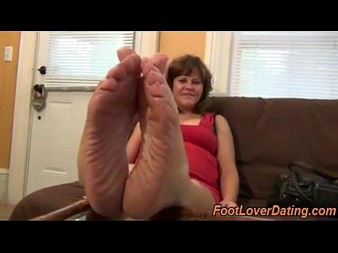 Mature feet videos