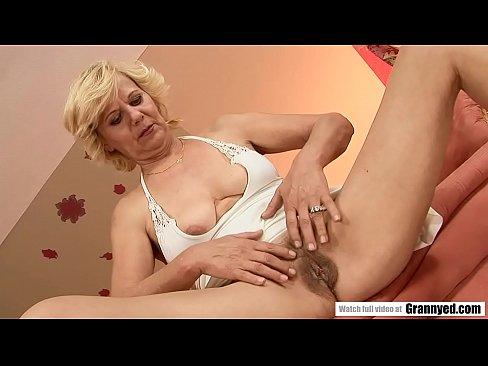 Sexy nude pics of natalie portman
