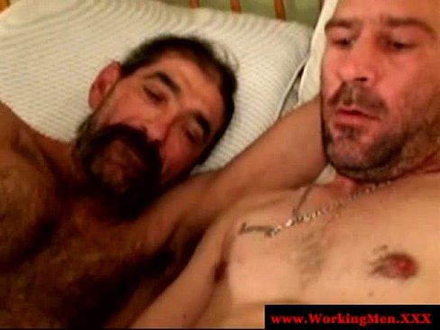 Hairy Gay Facialized