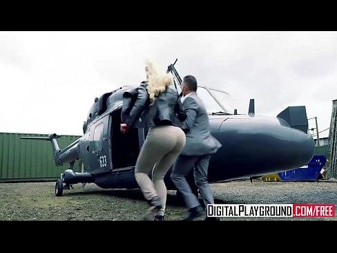 DigitalPlayground - Fly Girls