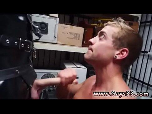 Paksu musta poikasten porno