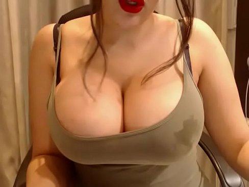 big round tits chat girl