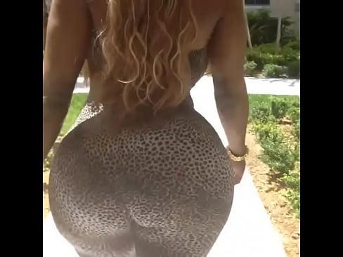 Big ass shemale porn videos