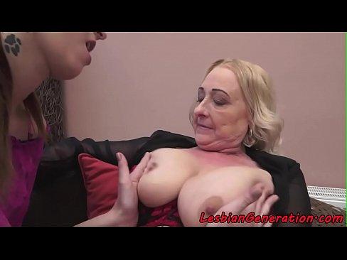 Redhead lesben sexs masturbation