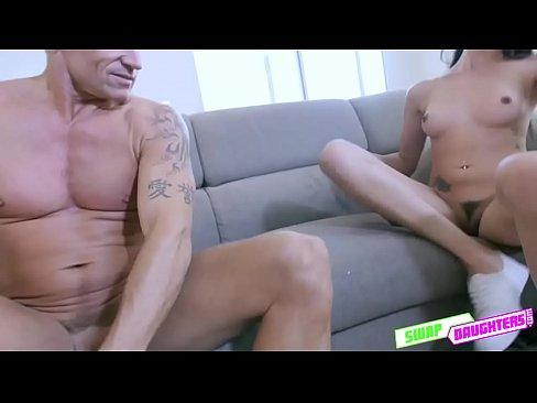 Jessica Jones show her amazing body curve for pleasure