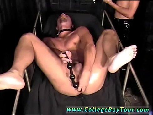 Brunette bbw giantess facesitting chinese man