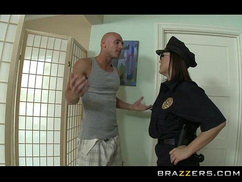 Larissa riquelme sexy