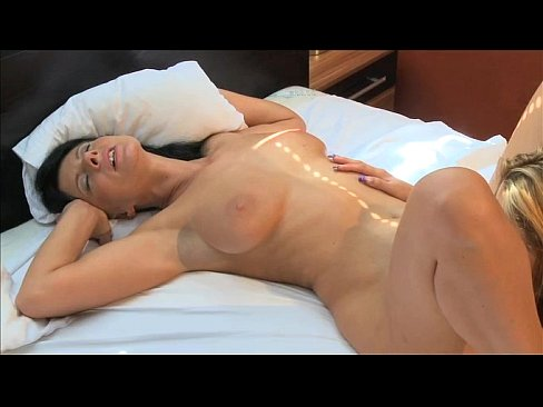 Orgasm nude mature women having