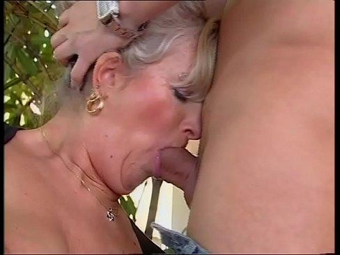 Tante Elvira mir saugt und mich auch strebt (Kompletter Film)