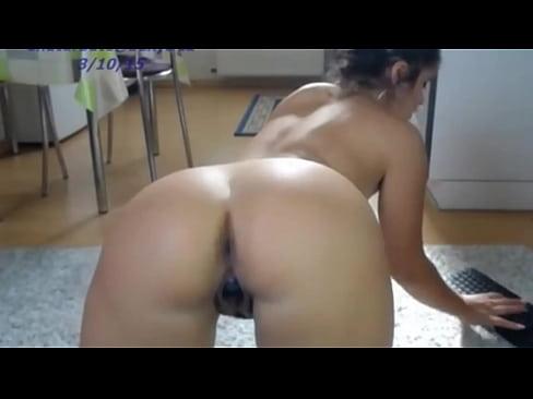 Live web cam girl