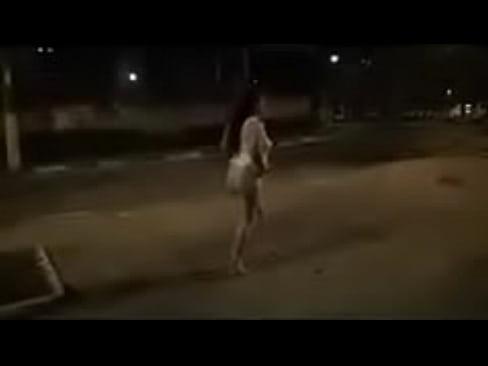 Desi moglie Indiana seretary nudo coraggio sulla strada