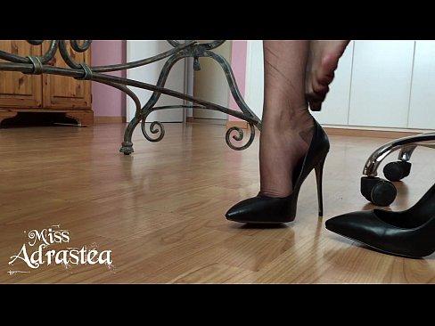 Lesbian Nylon Feet Sucking