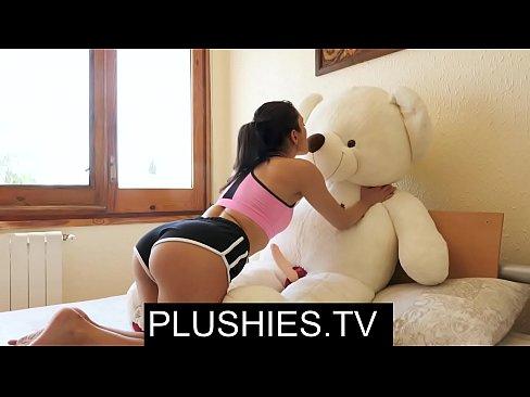 Asian teen girls puffies