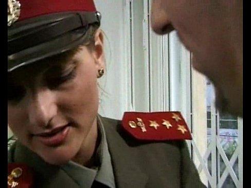 Las ninas en uniforme vol 2 escena 1
