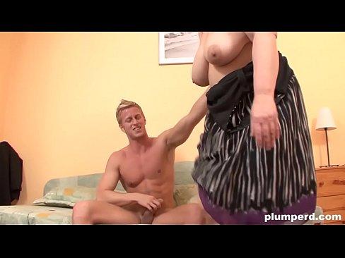 Plumperd bbw threesome with cumshots