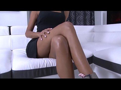 Rose Valerie's porn casting.