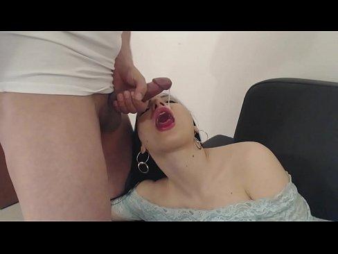 Erstaunlichen amateur-Madchen gibt tolle oral sex und slutty