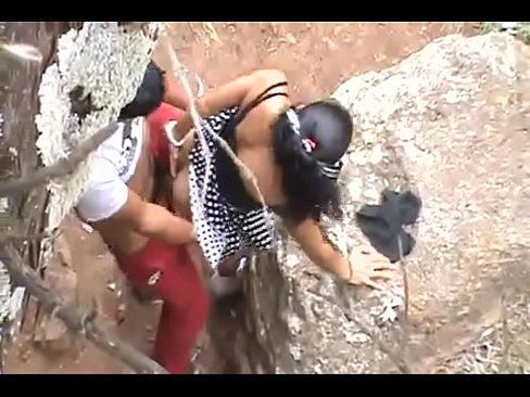 Abha Tripathi genie?en mit Akhil auf Nandi Hills t