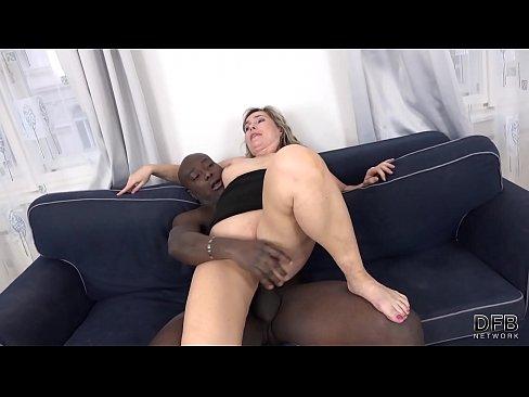 Porno interracial big ass