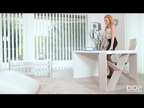 Nicole Amour & Rebecca Black Action Lesbienne