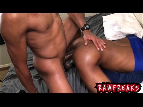 gay black rencontre à Talence