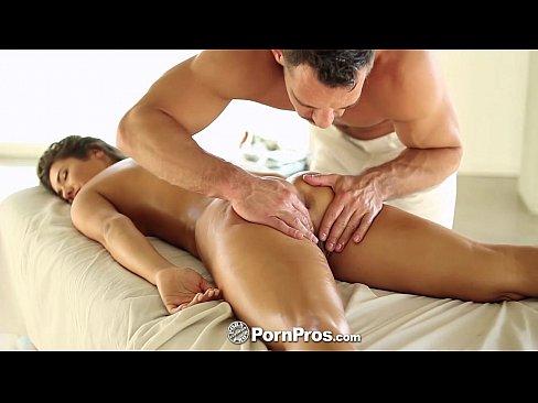 Xxx black lesbian porn