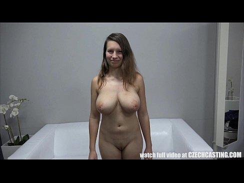 Ingenuo 19-Tin D-Tetas Chica Firstime Frente de la Camara