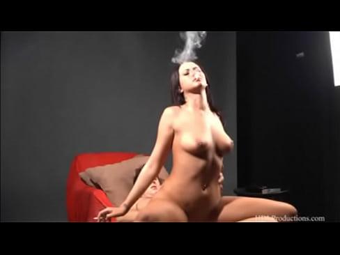 Alexis Grace - Smoking Fetish at Dragginladies
