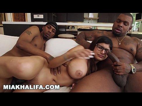 Mia khalifas epic big black cock threesome (mk13769)