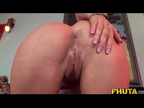 Hot mom anal hd