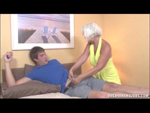 Amatuer backyard sex tape