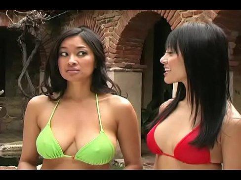 xxx sexy bikini Avengers