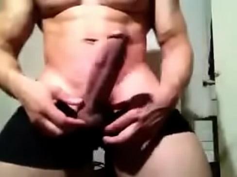 Muscle guy huge cock