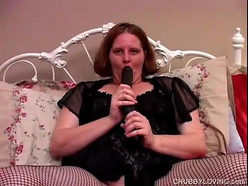 Pissing mature women clips