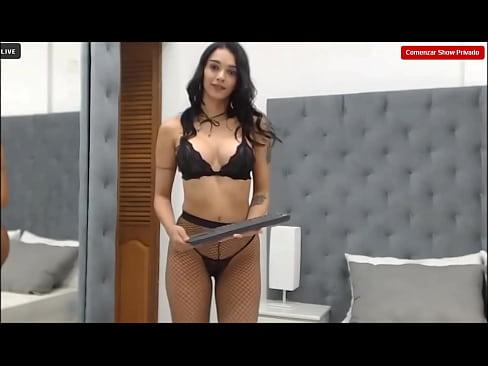 -Molly A-Latina-webcam-model-very very hot