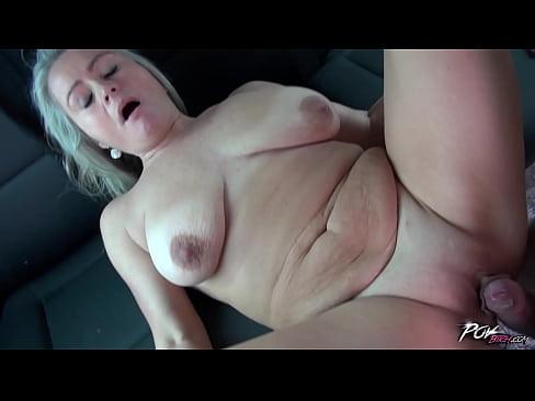 Horney mamičky porno Najnovšie MILFka porno filmy