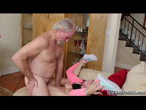 Amateur Frau isst cum Crystal Rae Augenbinde amateur blond
