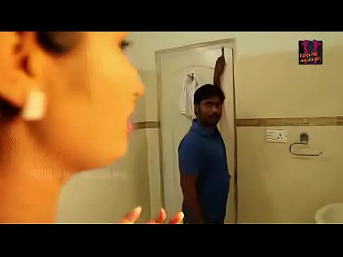telugu Hot Young Girl Hot Romance in Bathroom
