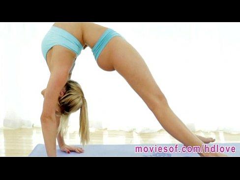 Flexible yoga girl mia malkova fucking