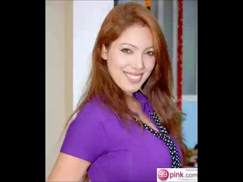 Watch celebrity Moonmoon Sengupta(Babita Ji) as she flashes her huge