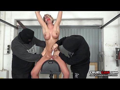 Elysia madison blowjob