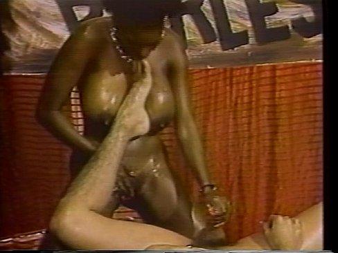 Promise ebony porn kiss