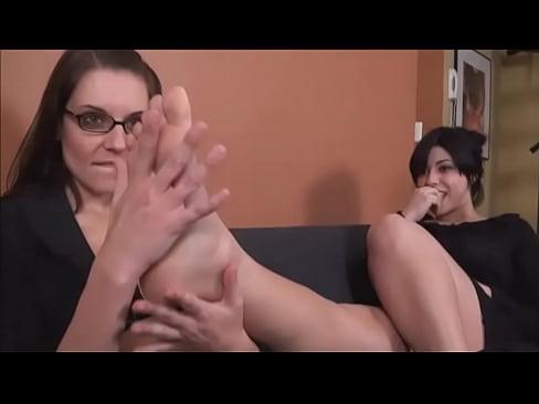 British Lesbian Foot Worship