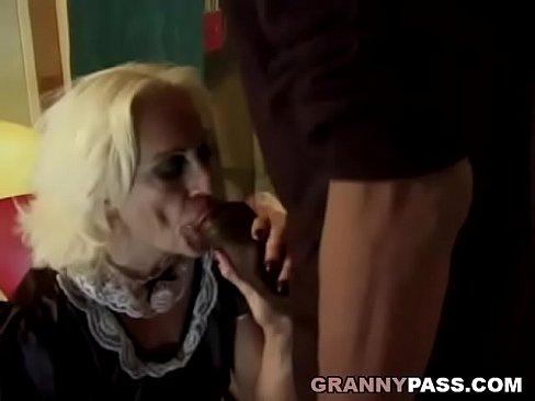 Sucking Huge Black Dick