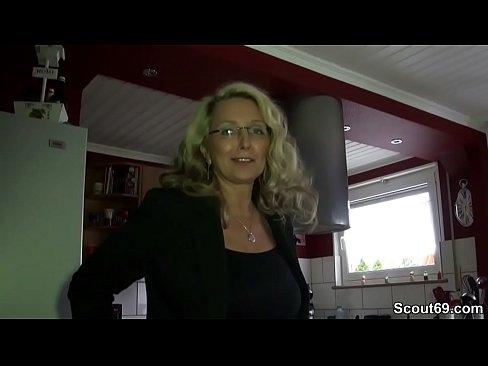 Geile Deutsche Milf Mit Mega Titten Fickt Mit Ihrem Chef Xnxxcom
