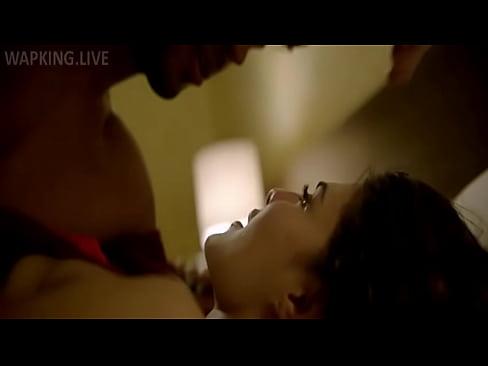 A Gentleman kiss scene HD(WapKing).mp4-