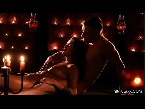 Hot bebe et son petit ami sensuelle sexee anal